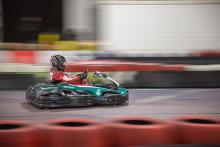 Piloot op het circuit